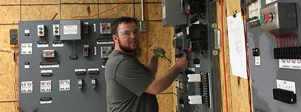 Palmer awarded JATC apprentice of the year